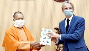 French ambassador meets UP CM Yogi Adityanath, visits Gorakhnath temple