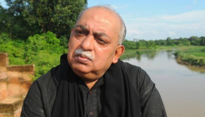 Poet Munawwar Rana booked for supporting violence in France