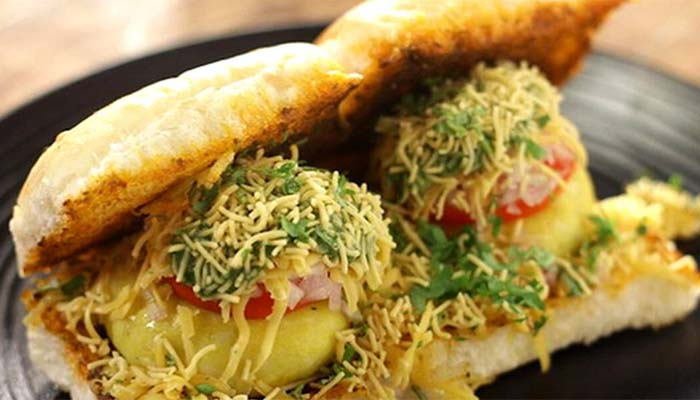 Make your Weekend come alive with this desi masala burger