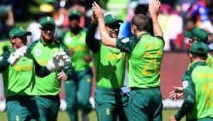 Three South Africa cricketers isolated after one tests COVID positive