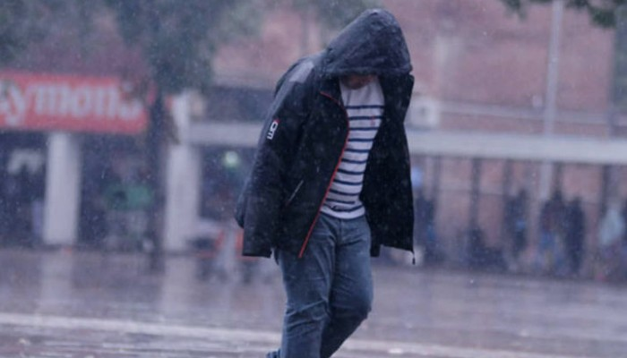 Min Temperature dips to 2 degree Celsius; Cold wave alert in North India