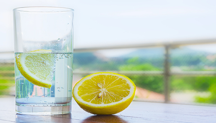 From Weight loss to Glow, check AMAZING Benefits of lemon water