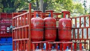 LPG Cylinder Rates: Cooking Gas gets costlier by Rs 50, Check Revised Price