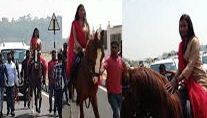 Congress MLA Arrives At Ranchi Assembly On Horseback; know why?