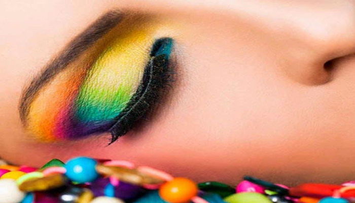 Holi 2021: Try these Celebrity Eye Makeup to look glam in Colors