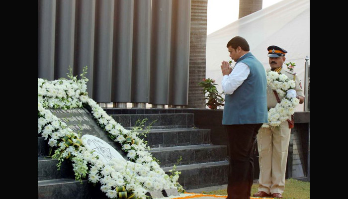 CM pays tribute to martyrs