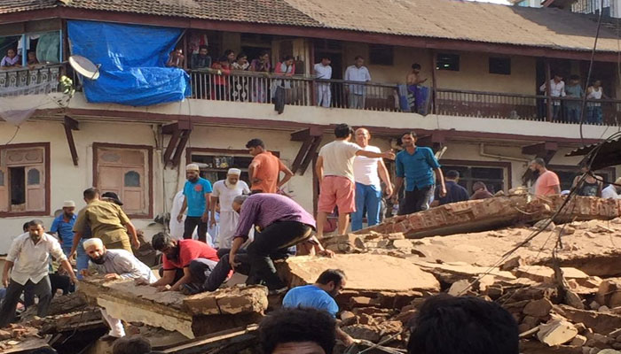 Multi-storeyed building collapses in Mumbai, many people trapped