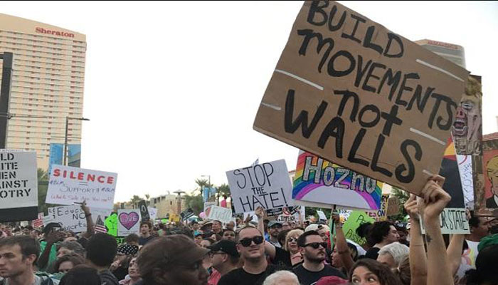 Thousands of protesters gather ahead of Trumps Phoenix rally
