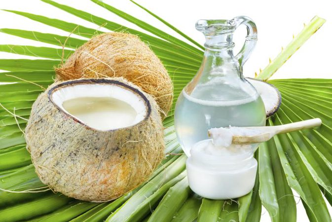Unexpected beauty tips of Coconut Oil to enhance your beauty