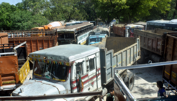 Ten-year-old diesel vehicles banned from commuting in NCR
