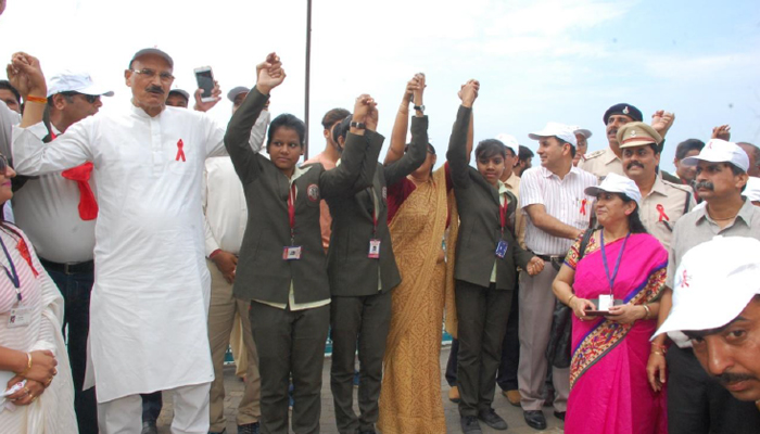 MP to get rid of HIV through Join Hands to Stop AIDS campaign