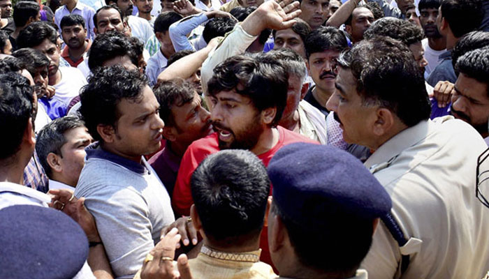 Ryan protest: Police officer suspended for baton-charging journalists