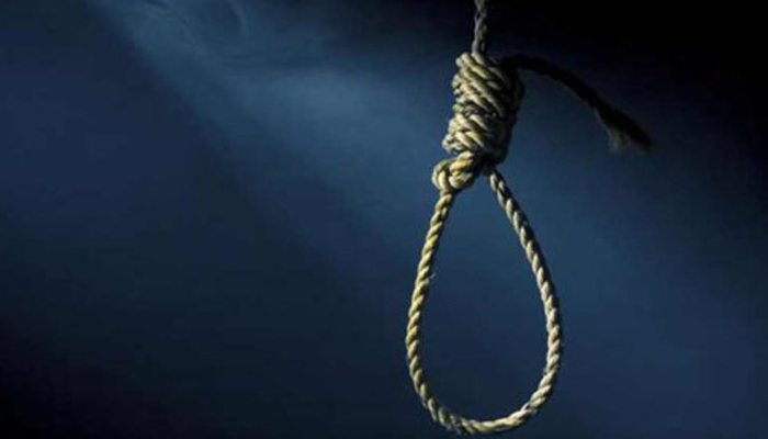 Class 11 girl commits suicide after scolding on Facebook addiction