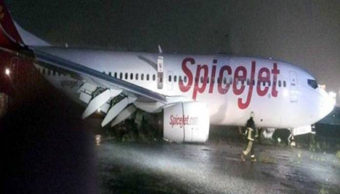 Spicejet plane stuck in mud at Mumbai airport, no casualties
