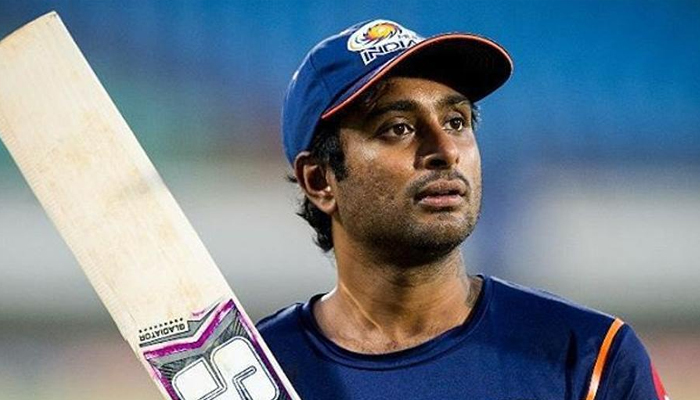 Rayudu indulges in scuffle with man, video goes viral