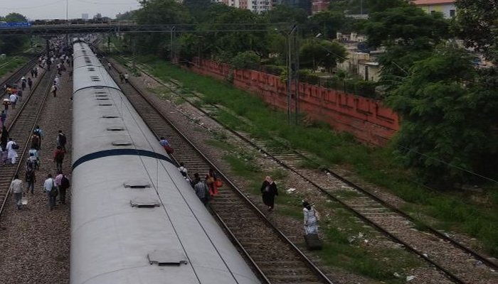 UP: Passenger train derails in Sitapur; no casualties reported