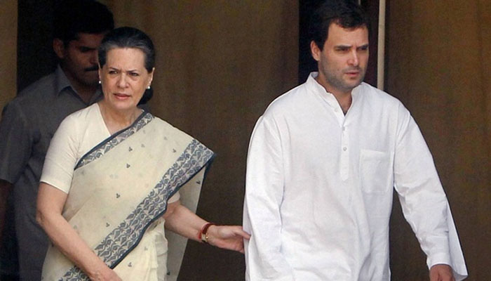 Sonia Gandhi signs first nomination paper for Rahuls elevation