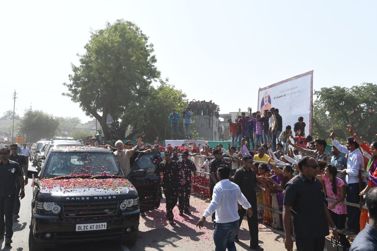 Receiving such a warm welcome is special, says Narendra Modi in Vadnagar