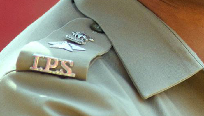 IPS officer arrested for cheating in civil services main exam