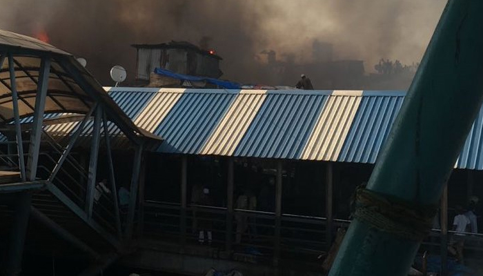 Fire breaks out at Mumbais slum, two injured