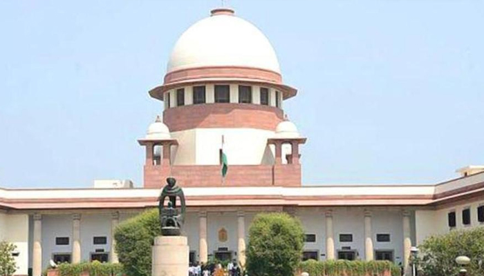 Those against note ban must move constitution bench: SC