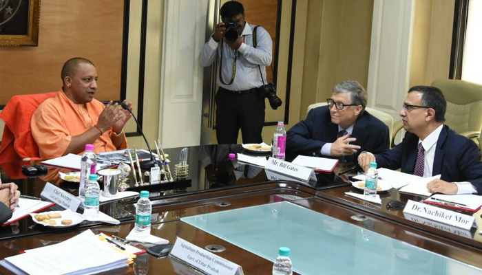 Bill Gates meets Yogi in Lucknow; discusses investment opportunities
