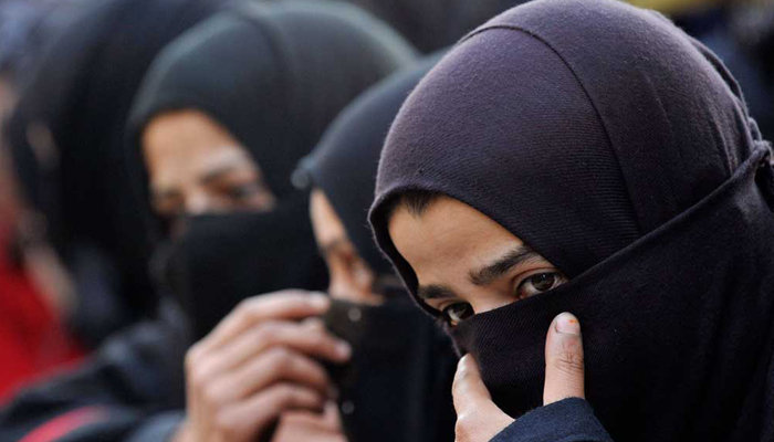 Centre likely to bring law in Parliament to abolish triple talaq