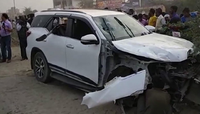 BJP leader and his guard shot dead in Greater Noida