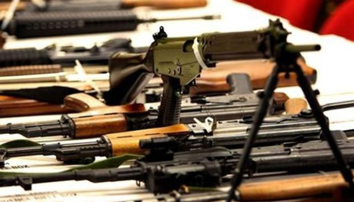 Pakistan suspends licenses for automatic weapons