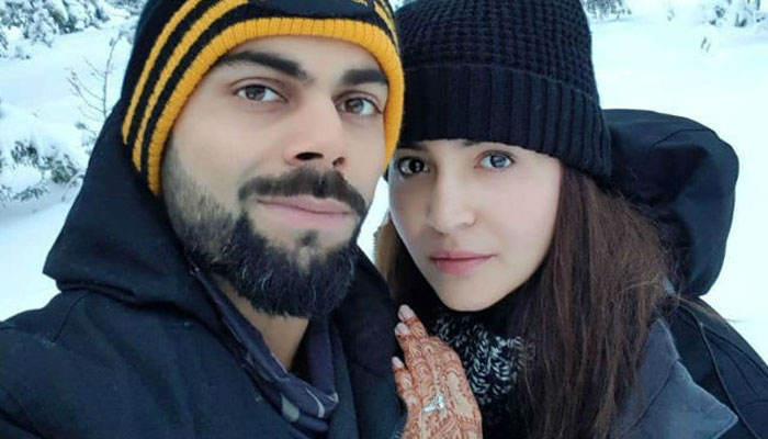 Pictures of Virat-Anushka with her bridesmaid are simply cute!
