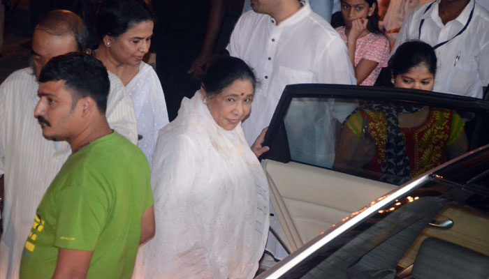 B-Town celebs attend Late actor Shashi Kapoors condolence meeting