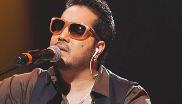 Mika dedicates success to this Bollywood superstar