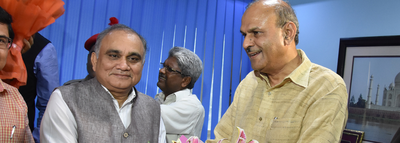 Anup Chandra Pandey takes charge as new UP Chief Secretary