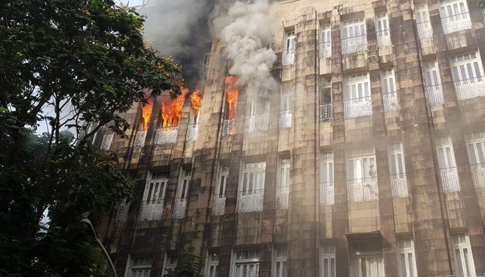 Mumbai: Level-2 fire breaks out at an office in Scindia House