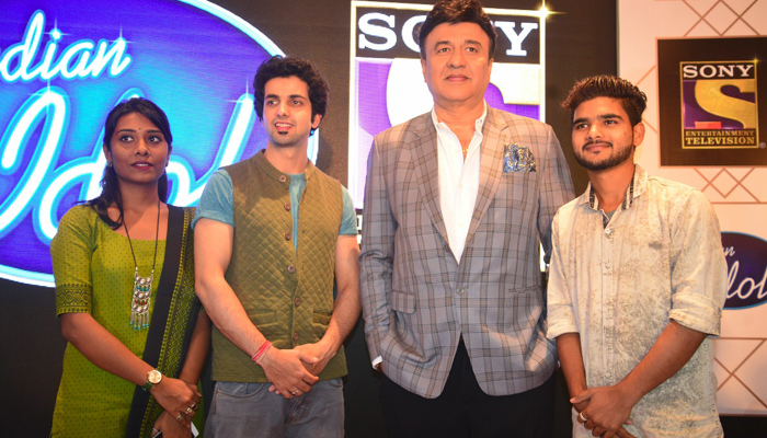 Anu Mailk, contestants promote Indian Idol 10 in city of nawabs