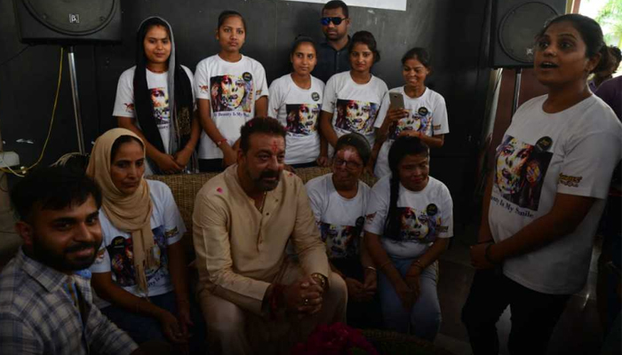 Lucknow: Sanjay Dutt gives acid attack survivers a reason to smile