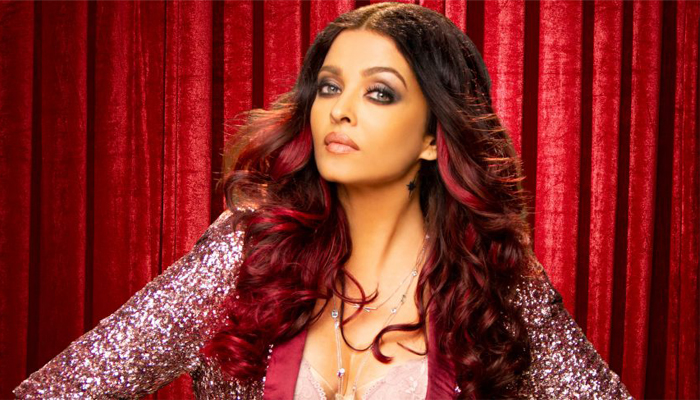 Housewives are biggest CEOs in India, says Aishwarya Rai Bachchan