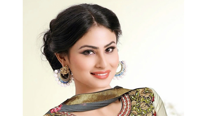 Elated with audience response to Gold: Mouni Roy