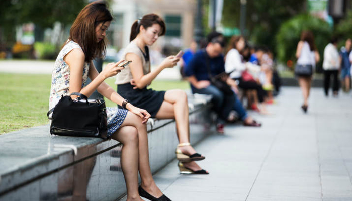 Indian smartphone users consuming average 1GB data a day: Report