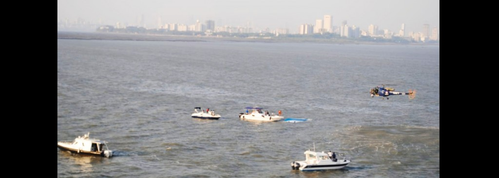 One dead as boat carrying 25 persons capsizes off Mumbai