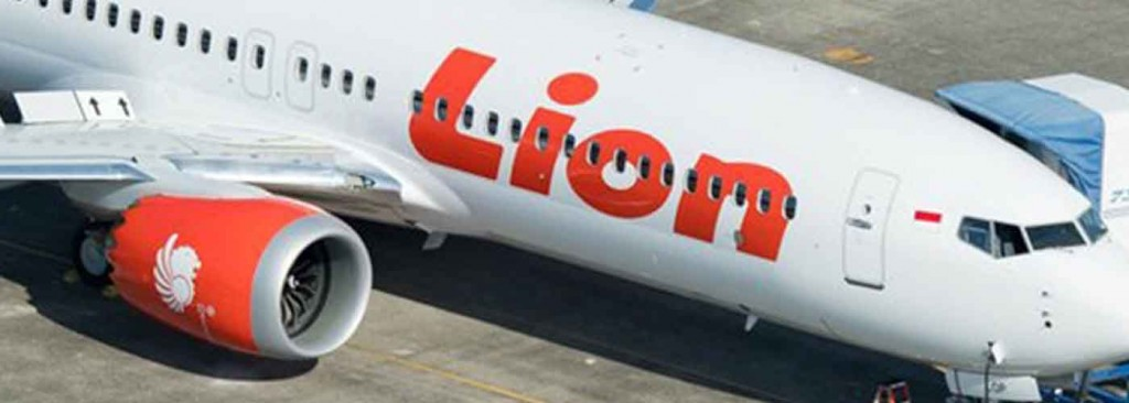 Indonesian plane flown by Indian crashes off Jakarta with 189 aboard