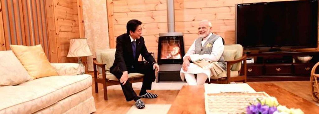 PM Modi gifts Japanese PM handcrafted stone bowls, durries