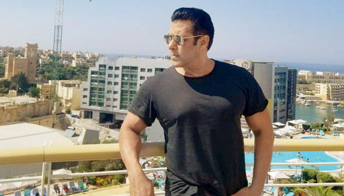Salman is the most disciplined human being: Sunil Grover