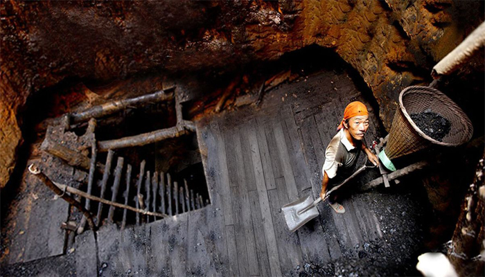 Meghalaya Rescue: Navy divers unable to enter the coal mine