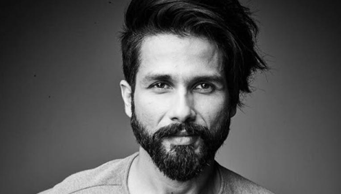 Shahid Kapoor clears the rumours on stomach cancer